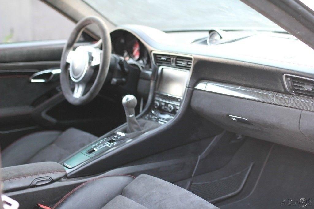 loaded 2016 Porsche 911 Carrera GTS repairable