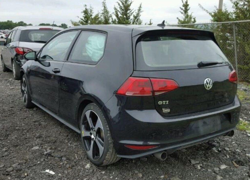 low miles 2015 Volkswagen Golf GTI repairable