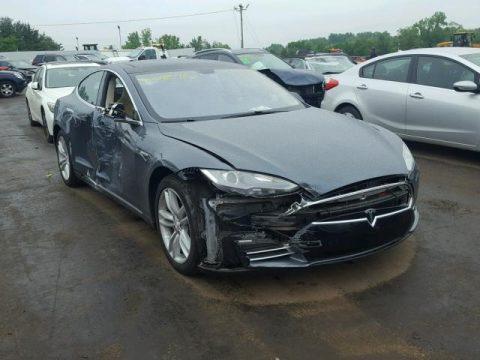 low miles 2014 Tesla Model S 85 repairable for sale