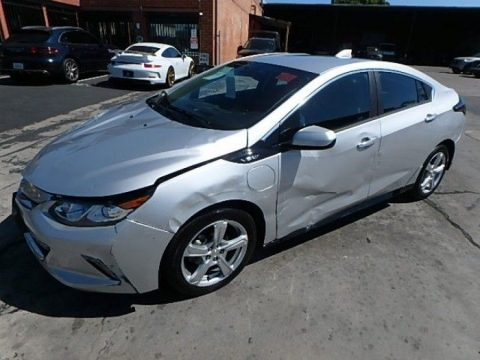 very low miles 2018 Chevrolet Volt LT Repairable for sale