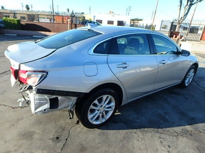 almost unused 2018 Chevrolet Malibu LT repairable