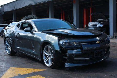 easy damage 2018 Chevrolet Camaro LT repairable for sale