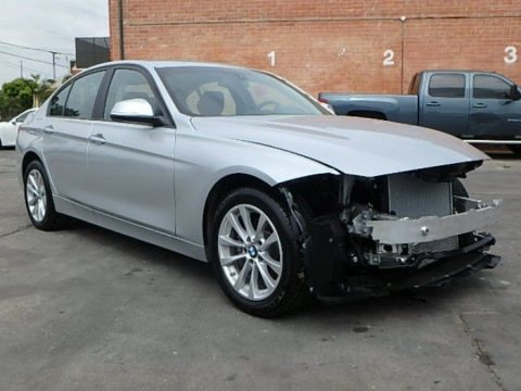 extremely low miles 2018 BMW 3 Series 320i xDrive repairable for sale