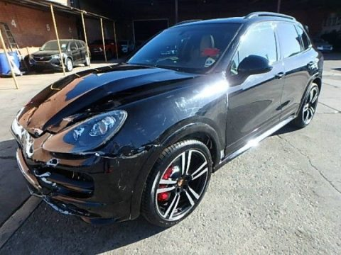 loaded 2014 Porsche Cayenne Turbo repairable for sale