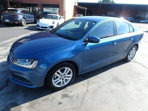 well equipped 2017 Volkswagen Jetta TSI repairable for sale