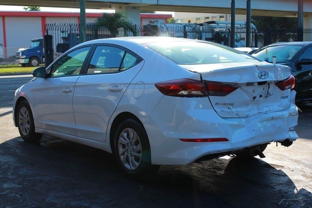 clean 2018 Hyundai Elantra SE repairable