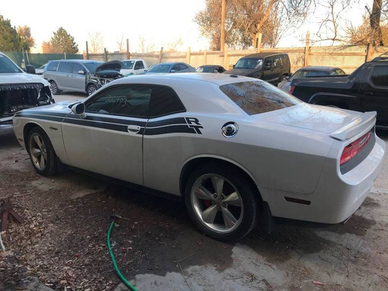 low mileage 2014 Dodge Challenger R/T 2dr Coupe Repairable