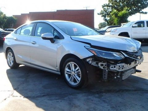 low miles 2018 Chevrolet Cruze LT repairable for sale