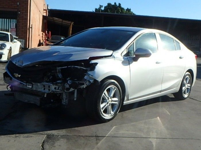 low miles 2018 Chevrolet Cruze LT repairable