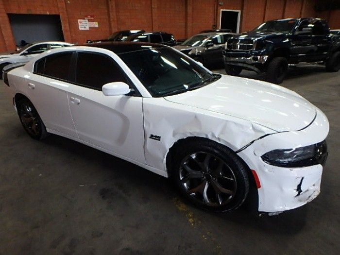 easy fix 2016 Dodge Charger R/T Repairable
