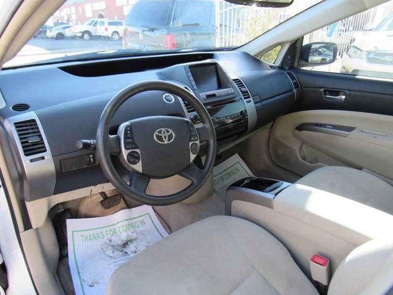 front damage 2009 Toyota Prius Base 4dr Hatchback