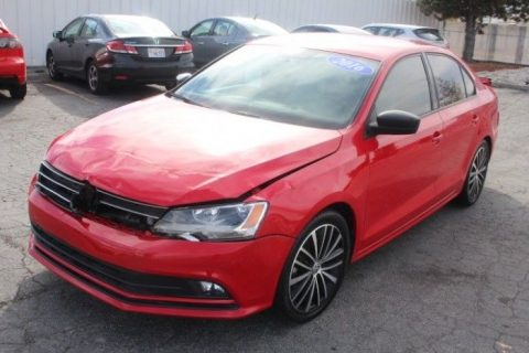 low miles 2016 Volkswagen Jetta SE Repairable for sale
