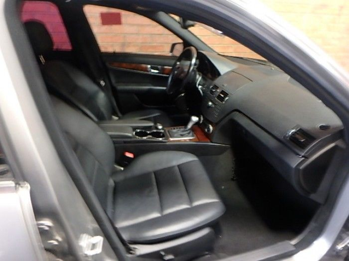 luxurious 2010 Mercedes Benz C 300 Repairable