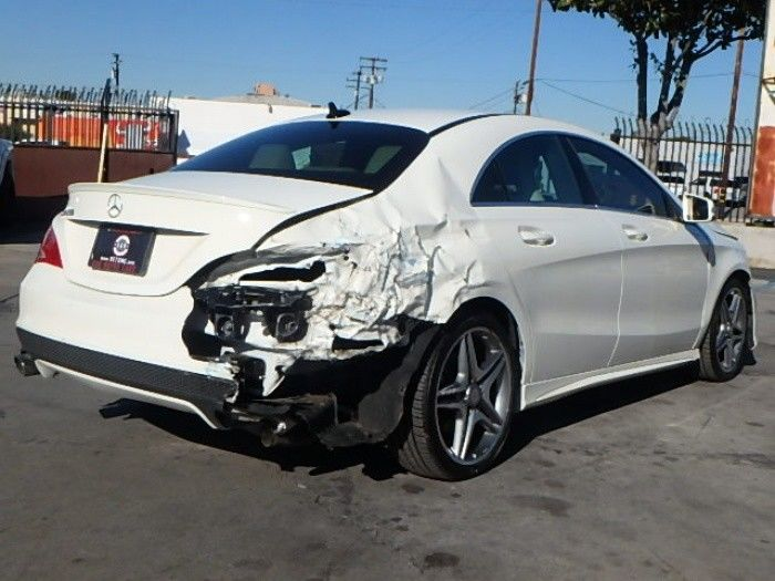 well equipped 2014 Mercedes Benz CLA250 repairable