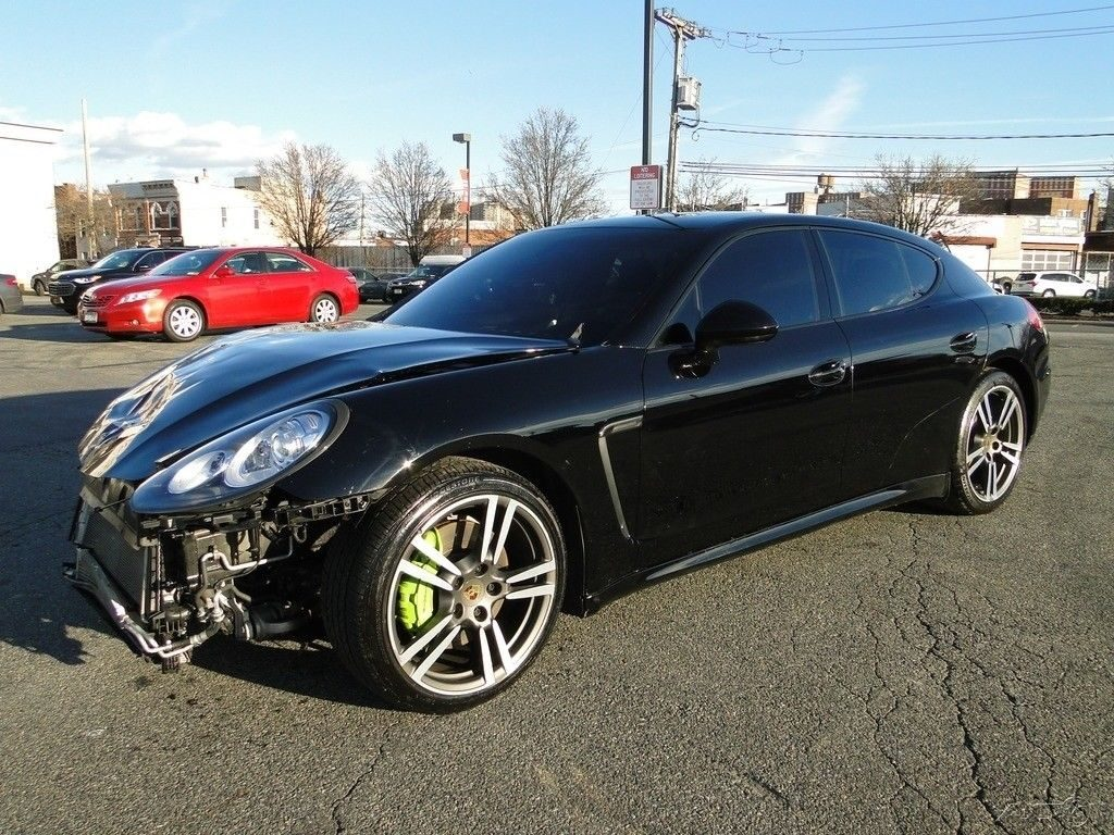 low mileage 2014 Porsche Panamera repairable