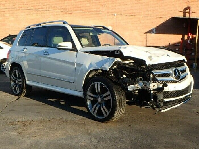 luxurious 2014 Mercedes Benz GLK 350 repairable