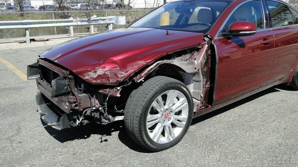 barely used 2017 Jaguar XF 35t 3.0L V6 Supercharger Repairable