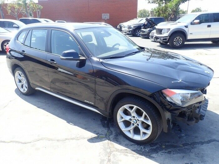 front damage 2014 BMW X1 Xdrive28i AWD repairable