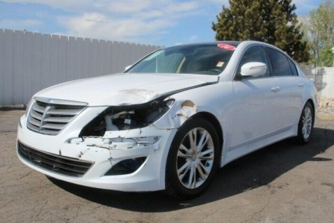 loaded 2014 Hyundai Genesis 3.8L repairable for sale