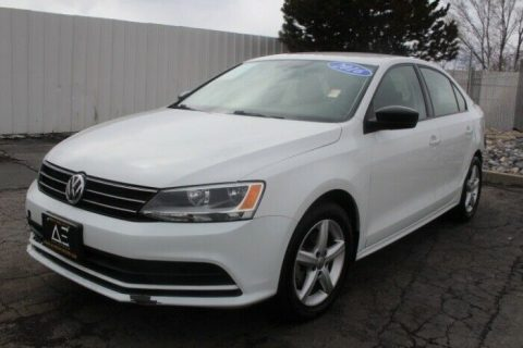 low miles 2016 Volkswagen Jetta TSI repairable for sale