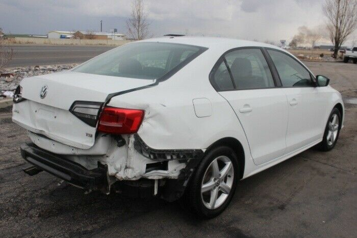 low miles 2016 Volkswagen Jetta TSI repairable