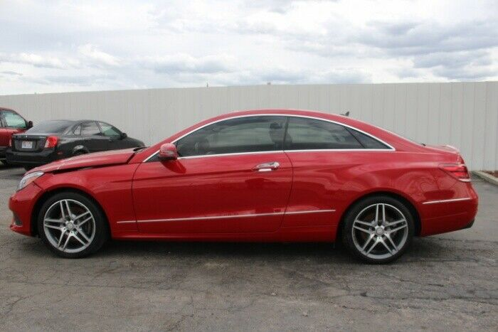 luxurious 2014 Mercedes Benz E Class E350 4MATIC repairable