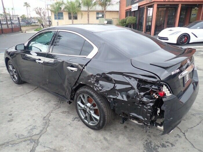 well optioned 2014 Nissan Maxima 3.5 S repairable