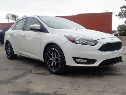 light damage 2017 Ford Focus SEL repairable for sale