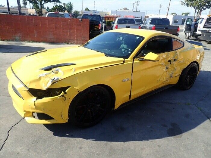 low miles 2015 Ford Mustang GT repairable