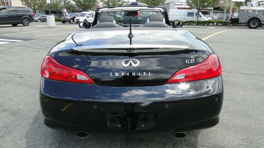 well equipped 2013 Infiniti G37 G37 Sport Convertible 3.7L V6 repairable