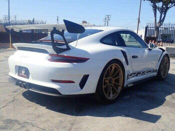 almost unused 2019 Porsche 911 GT3 RS repairable