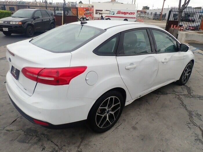 easy fix 2017 Ford Focus SEL repairable