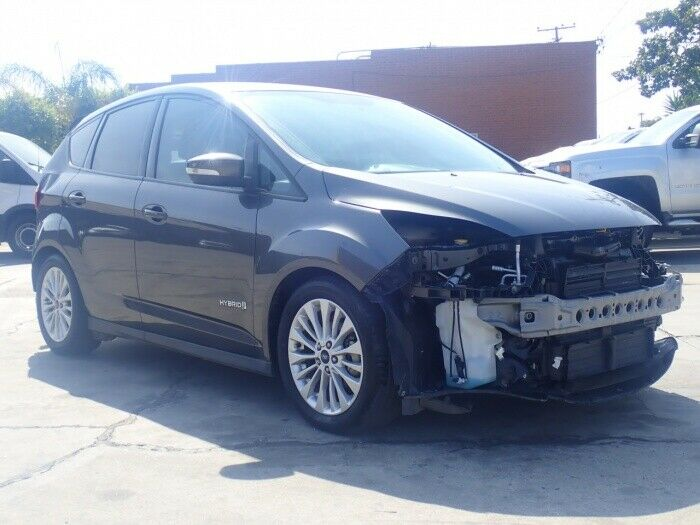 very low mileage 2017 Ford C Max SE repairable
