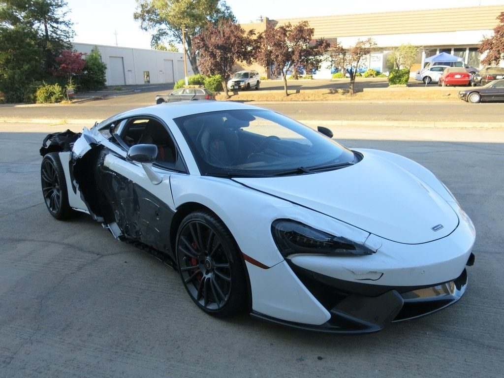 low miles 2017 Mclaren 570 S 3.8 L Twin Turbocharged repairable