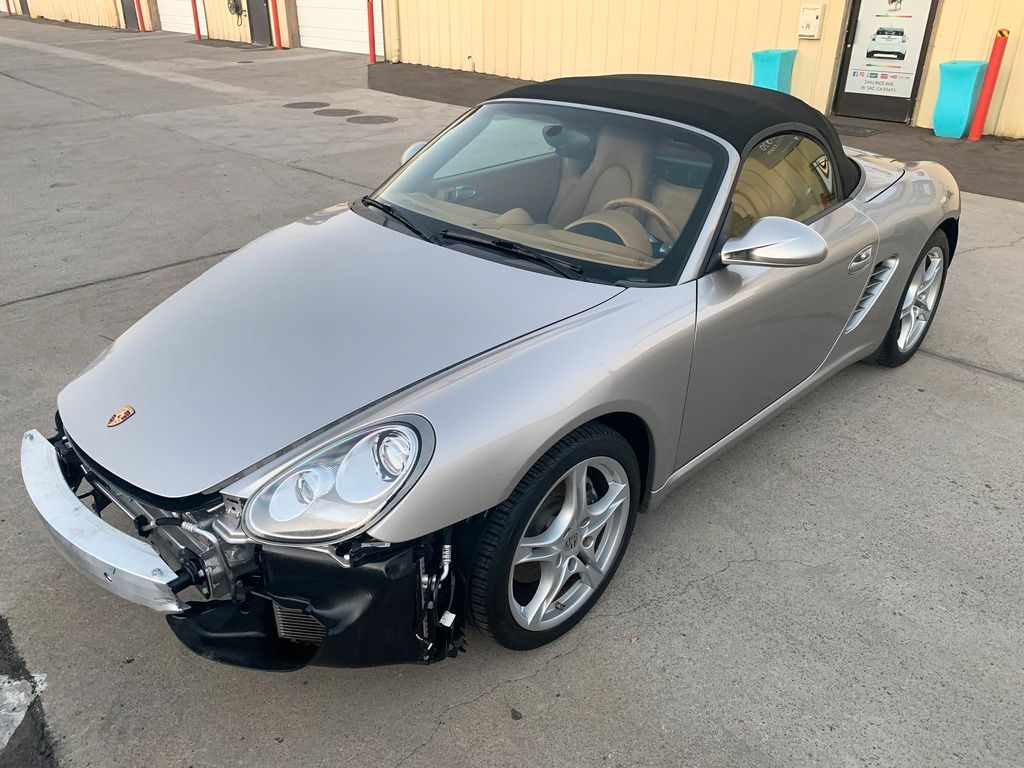 loaded 2011 Porsche Boxster 2.9L Tiptronic PDK Convenience Package repairable
