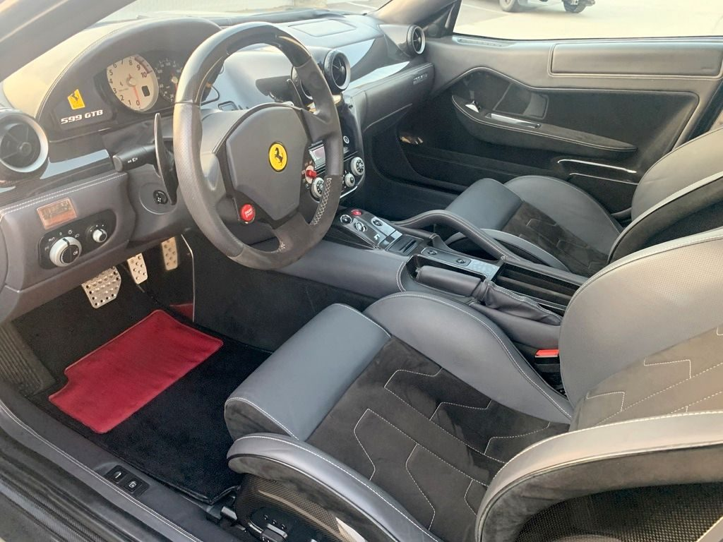 loaded 2010 Ferrari 599 GTB Fiorano F1 repairable