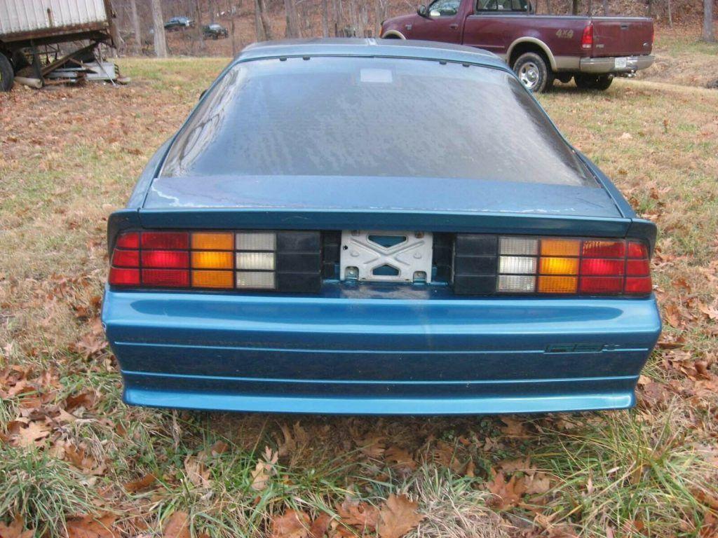 damaged 1992 Chevrolet Camaro repairable