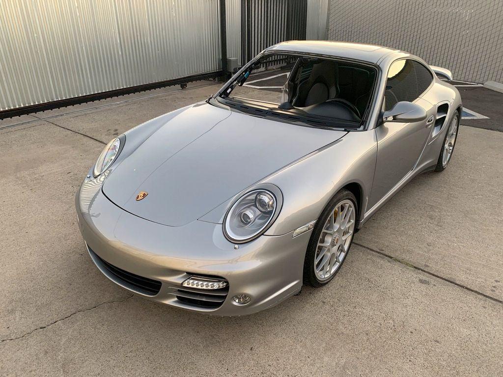 loaded 2011 Porsche 911 Turbo S 997 Tiptronic 500hp Coupe repairable