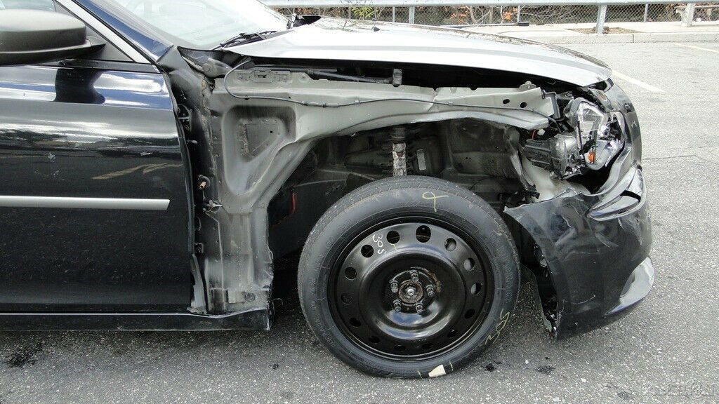 luxurious 2014 Chrysler 300 Series John Varvatos Luxury repairable