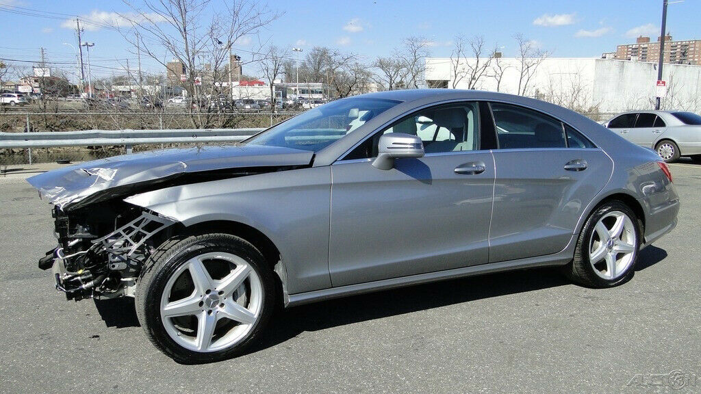 low miles 2013 Mercedes Benz CLS Class CLS 550 repairable