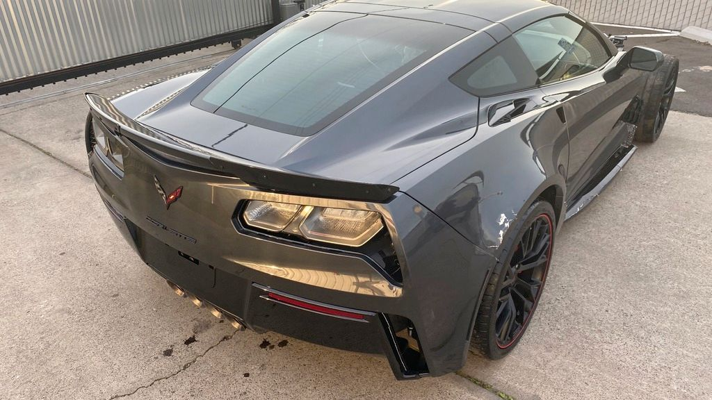 Loaded 2018 Chevrolet Corvette Z06 1LZ Supercharged 6.2L V8 650hp repairable