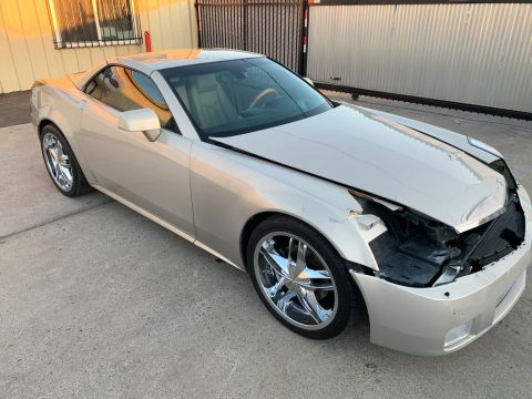 loaded with options 2006 Cadillac XLR Hard Top Convertible repairable for sale