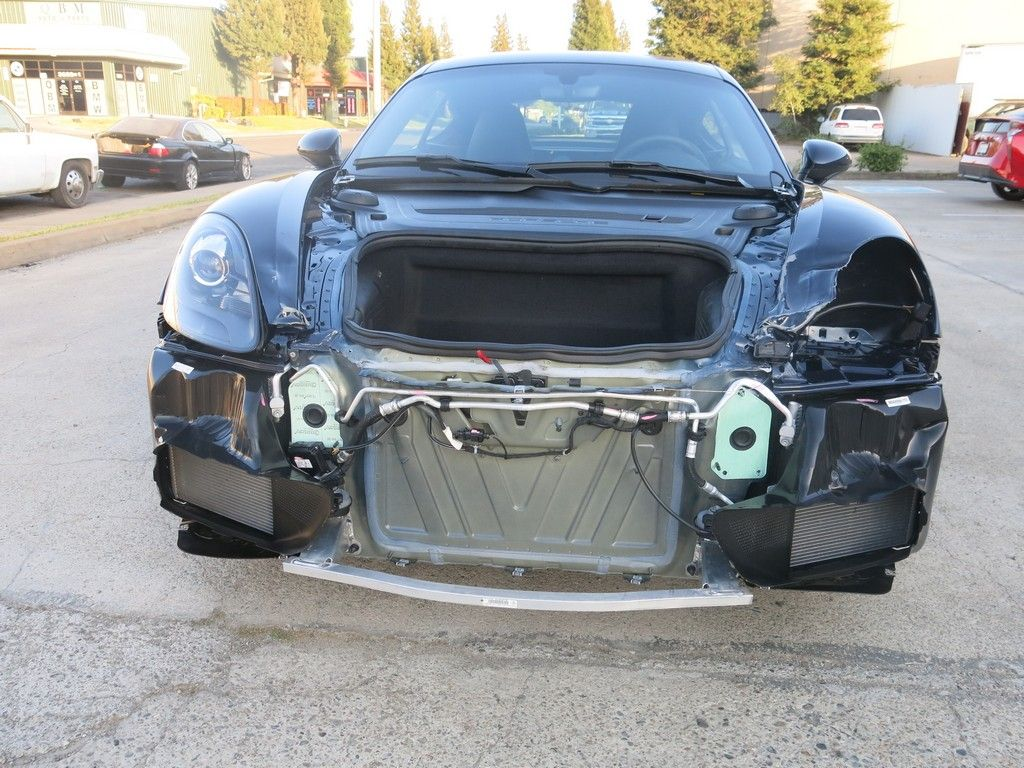 very low miles 2019 Porsche Cayman 718 repairable