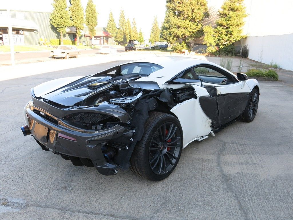 fully loaded 2017 Mclaren 570 S 3.8 L Twin Turbocharged repairable