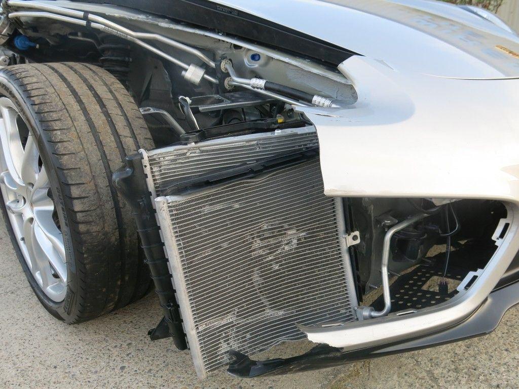 fully loaded 2014 Porsche Cayman 2.7L 6V RWD 275hp/6 Speed manual.