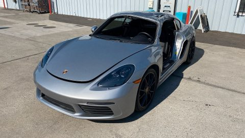 loaded with options 2018 Porsche Cayman 718 repairable for sale